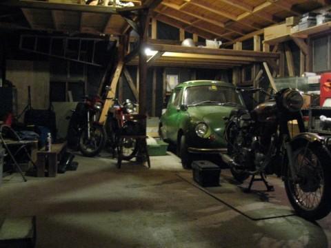 20081229ガレージで一息