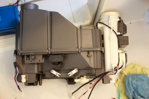 20150510洗濯機ヒートポンプ部の分解清掃16_ヒートポンプ部組付.jpg