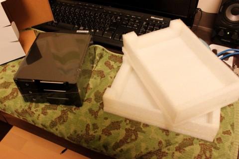 FT02_リムーバルベイ装着_DIR-SG330の梱包材