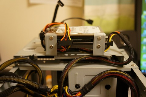 Asrock FM2A88X-ITX+へのCPUコア取り付け11HDDへの配線