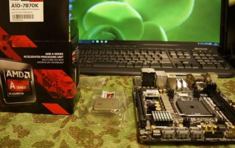Asrock FM2A88X-ITX+へのCPUコア取り付け07CPU取付
