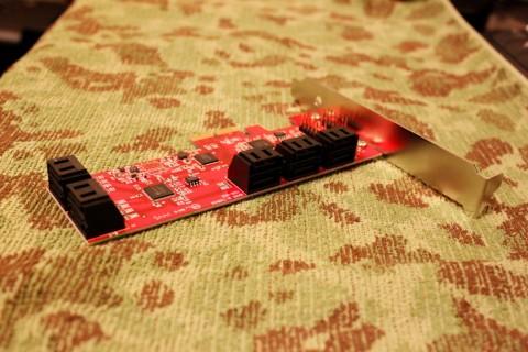 FT02_リムーバルベイ装着_SATA3I10-PCIe