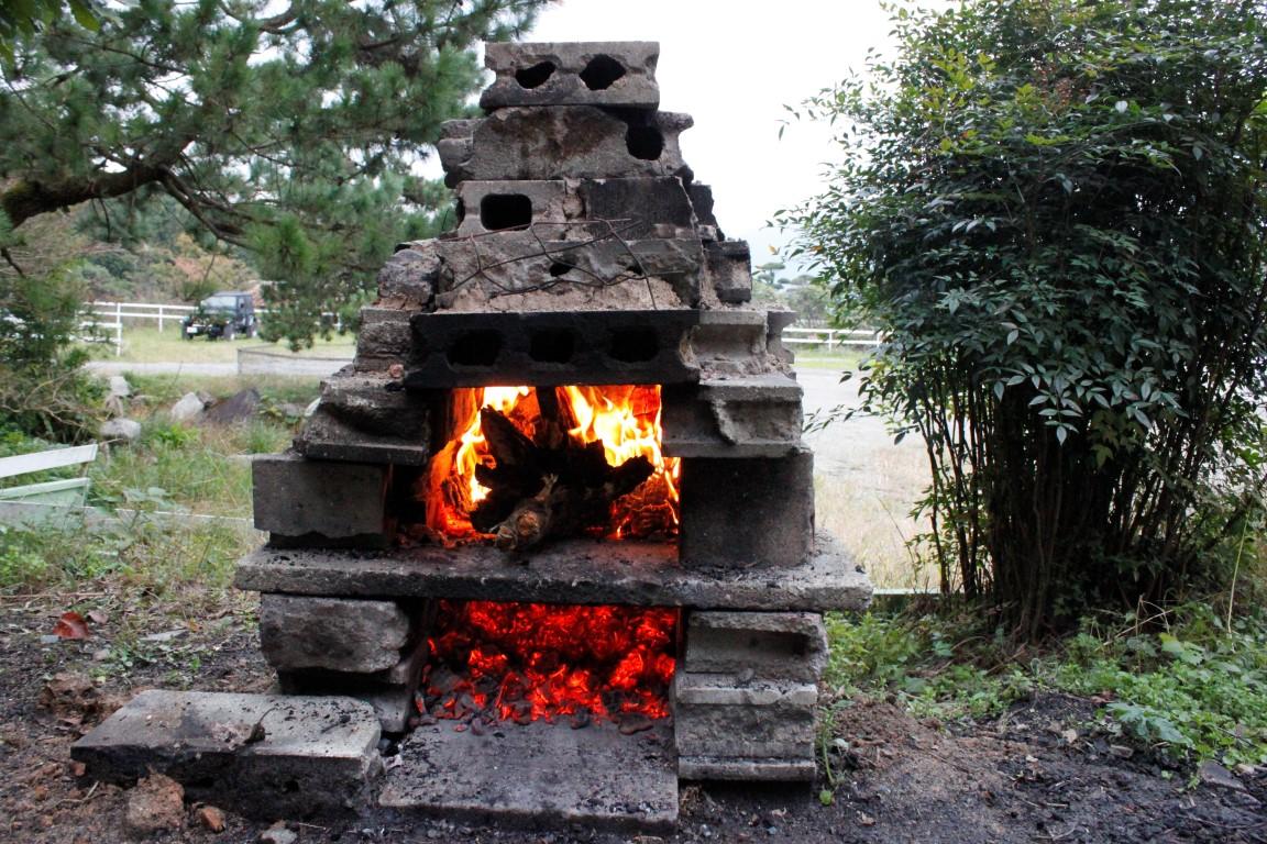 20161112切り株の根っこを燃やす